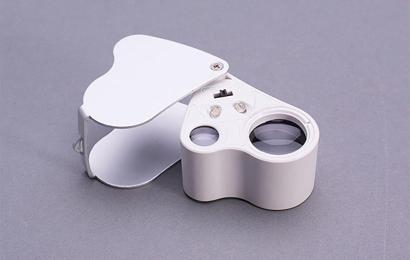 30X & Bright LED Jewelers Loupe Magnifier