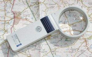 mobilux illuminated pocket magnifier